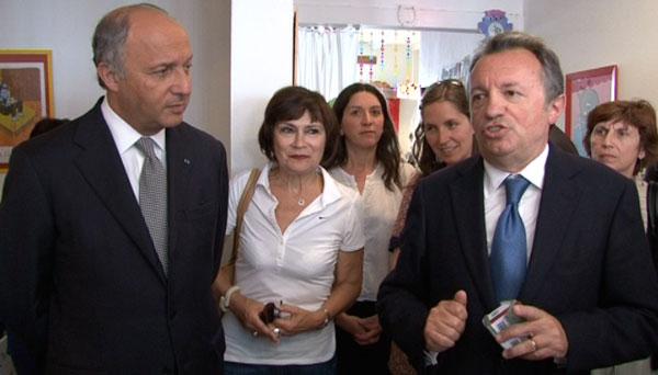 Marie-Arlette Carlotti entourée de Jean-Noël Guérini et Laurent Fabius lors de la visite de la mini-halte Vallier